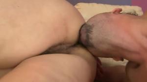 Sexy men in hash trades